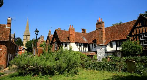 buckingham buckinghamshire manor church sspeterandpaul england summer cottage blue sky spire manorst churchst