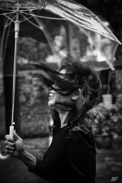 Women in the wind !