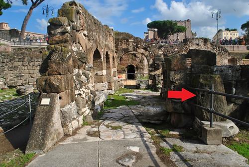 """ROMA ARCHEOLOGICA & RESTAURO ARCHITETTURA 2020. I FORI IMPERIALI. LAURA ANDREOLA, """"LAVORO, TRASPORTO E COMMERCIO NEL MEDIOEVO A ROMA: LE ATTACCAGLIE, PARCHEGGI ANTE LITTERAM."""" Classicult (04/06/2020). Foto: Dr. Arch. Barbara Luel (6 March 2019)."""