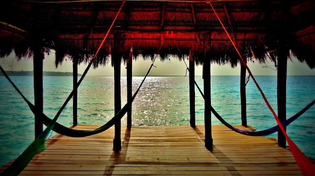 Mexico, die herrliche Laguna von Bacalar, ( Lagune der sieben Farben ) , 19850/12800