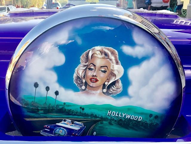 Marilyn Monroe Wheel Cover