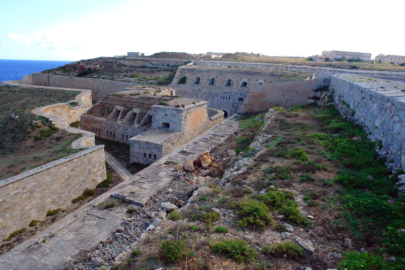 Qué ver en Menorca, Islas Baleares - thewotme qué ver en menorca - 50047057607 efca2ecc6e h - Qué ver en Menorca, lugares a NO perderse
