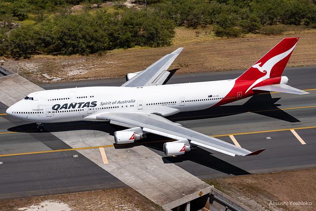 Qantas Boeing 747-438ER (VH-OEI)