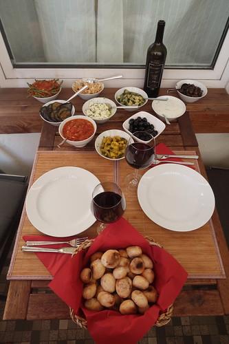 Mediterrane Leckereien bzw. Antipasti (als vollwertiges Abendessen)