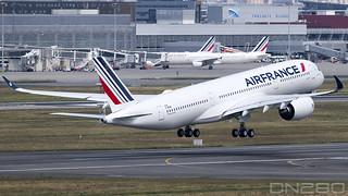 """Air France A350-941 msn 422 F-WZNB / F-HTYF  """"Marseille"""""""