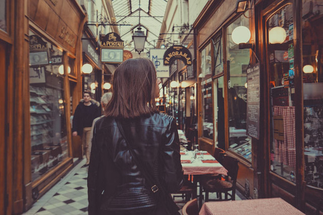 7 Langkah Pertama Buat Duit Menjadi Personal Shopper