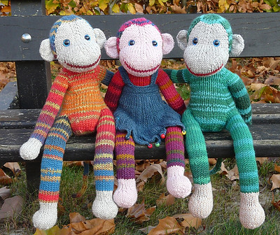 Monkey Jacobus by Annita Wilschut is a cute monkey knit in the round in one piece without seams! My sister came across it while searching Ravelry for a knit pattern to use to make a sock monkey toy to go with the sock monkey cardi she had already knit?