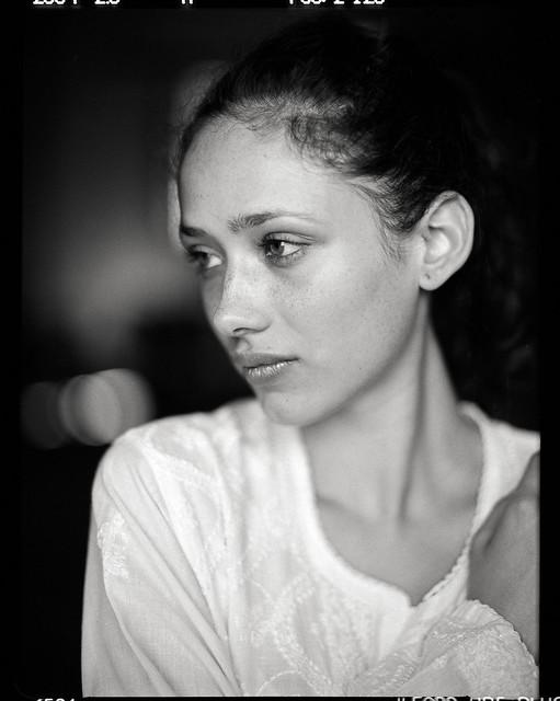 Rebeca - Plain Portrait