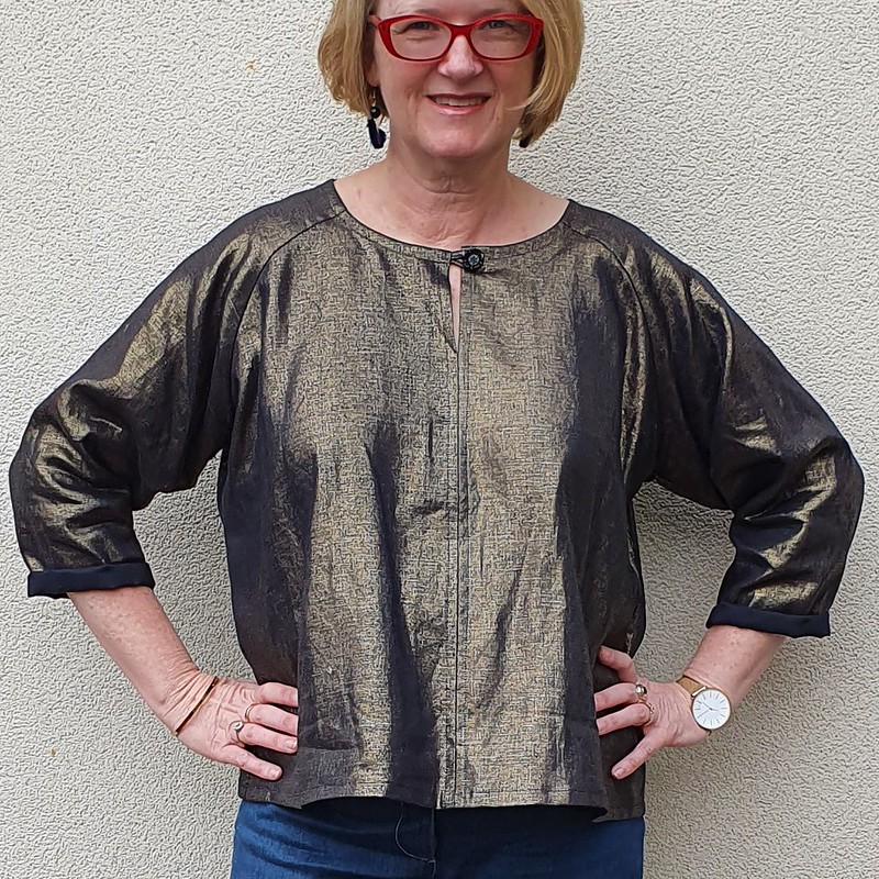 Sew House 7 Remy Raglan in foiled linen