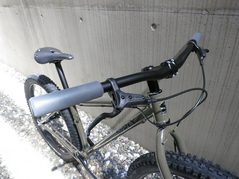 SURLY Karate Monkey Clay SS Front