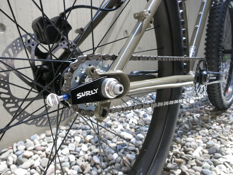 SURLY Karate Monkey Clay SS End