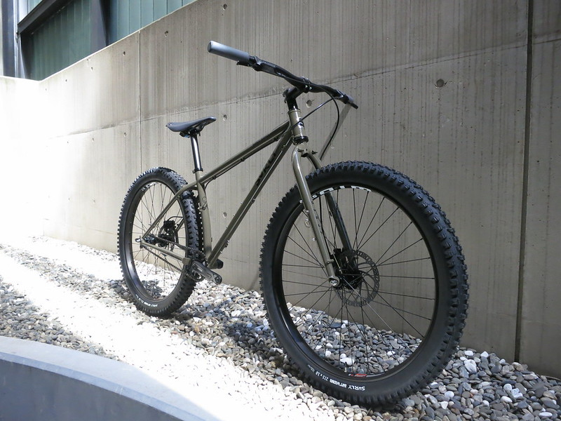 SURLY Karate Monkey Clay SS 2