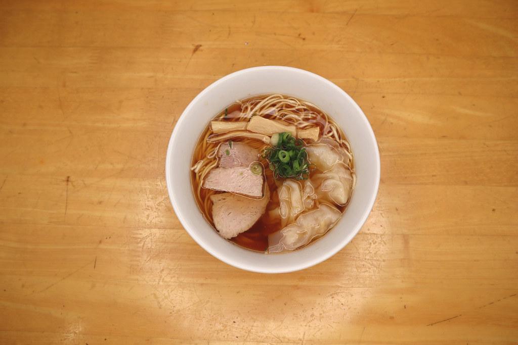 はんぶんのワンタン麺/Hanbun-no-wonton-men