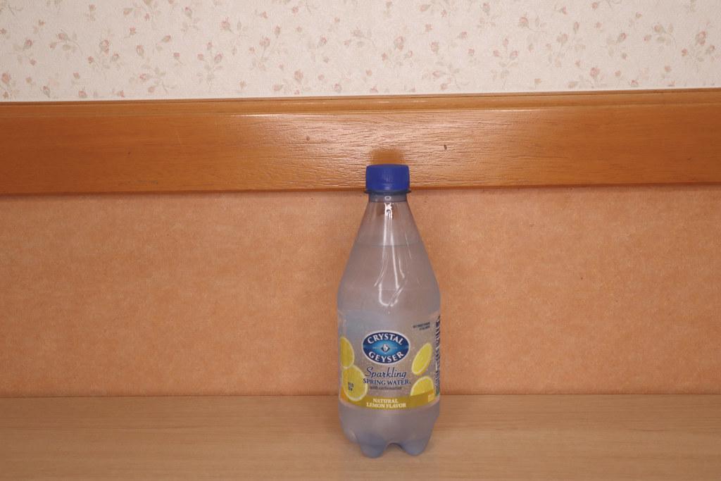 クリスタルガイザー/sparkling-water