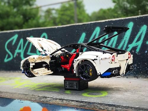 Ferrari F12 at the skatepark 💪 check it @loxlego