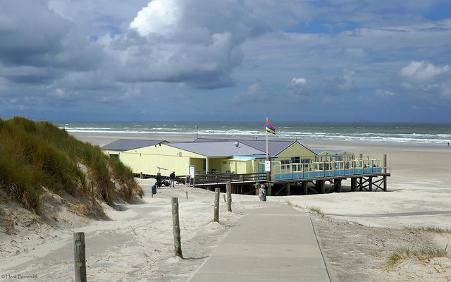 Terschelling: Oosterend, beach pavilion