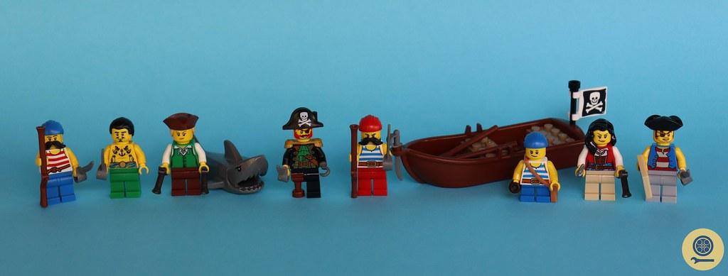 21322 Pirates of Barracuda Bay 1