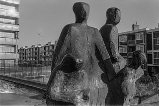 Generations, Geoffrey Harris, sculpture, Maitland Park Villas, Kentish Town, Camden 87-1b-62_2400