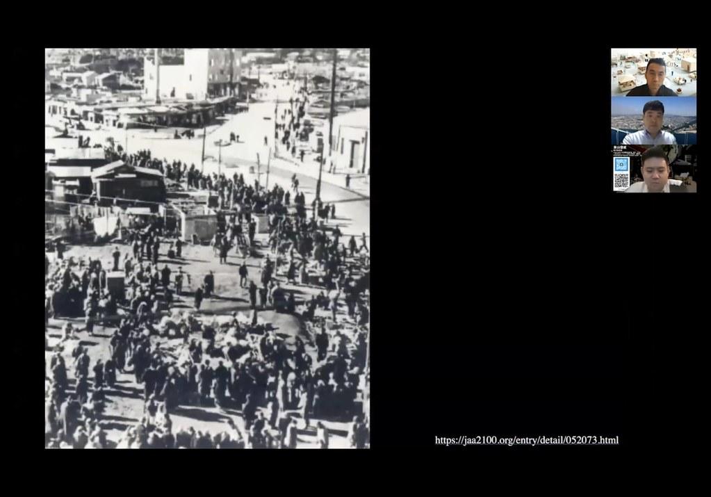 無秩序に広がる戦後の闇市の様子85