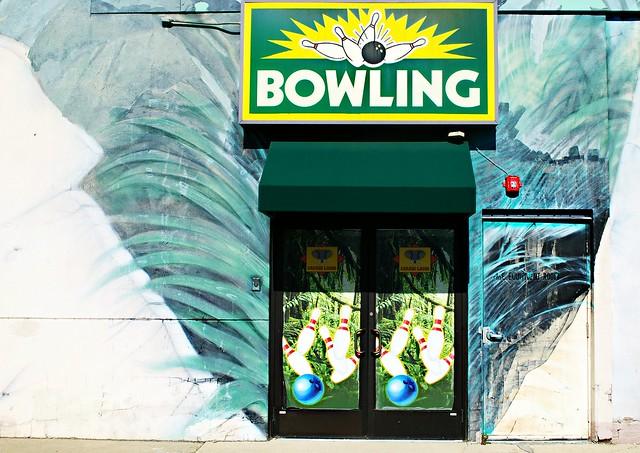 Safari Land Bowling Alley - Villa Park, Illinois