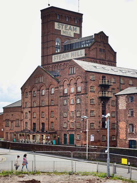 Steam Mill building along the Chester Canal