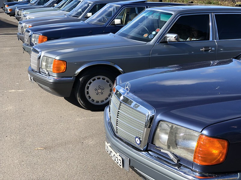 The Mercedes W126 in Australia