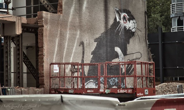 LDN   sept   2019_  Banksy ,this mural was hidden since a while