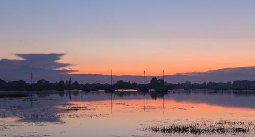 bosham boshamharbour sunsets sunsettingglow sunsettingsilhouettes boats