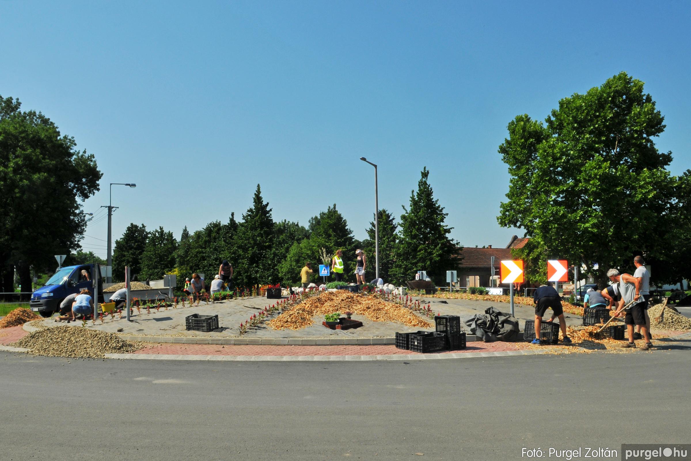 2020.06.27-28. 011 Megszépült a körforgalom - Fotó:PURGEL ZOLTÁN© D3K_8116q