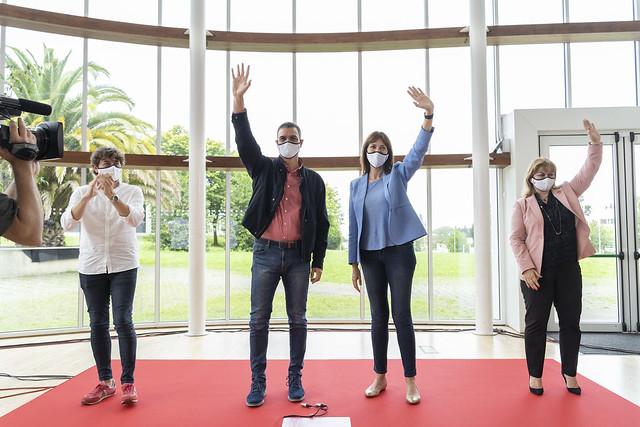 Pedro Sánchez, Idoia Mendia y Eneko Andueza en Donostia