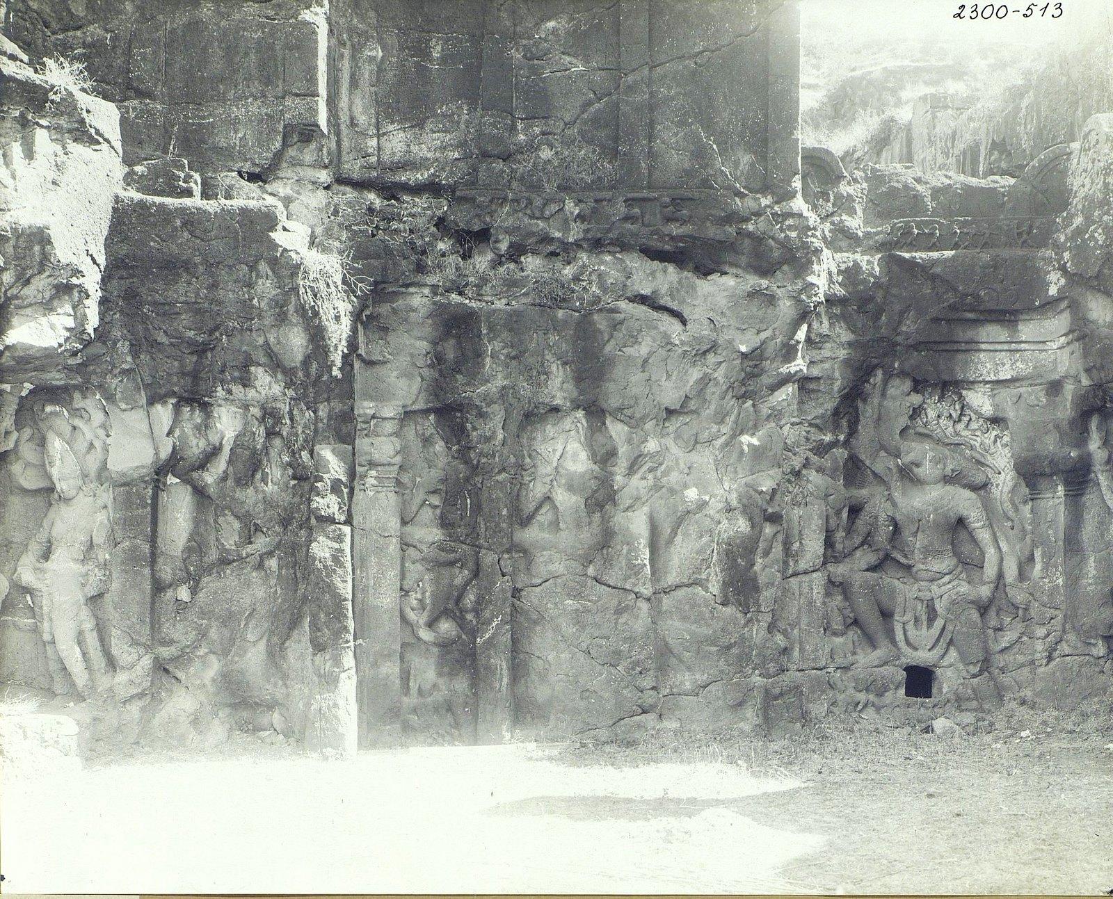 Храм Кайласа в Эллоре (рельефы внутри первой пещеры) (1)
