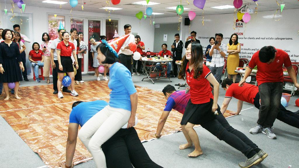 Mừng Sinh nhật thành viên ERA Vietnam 06-2020 10