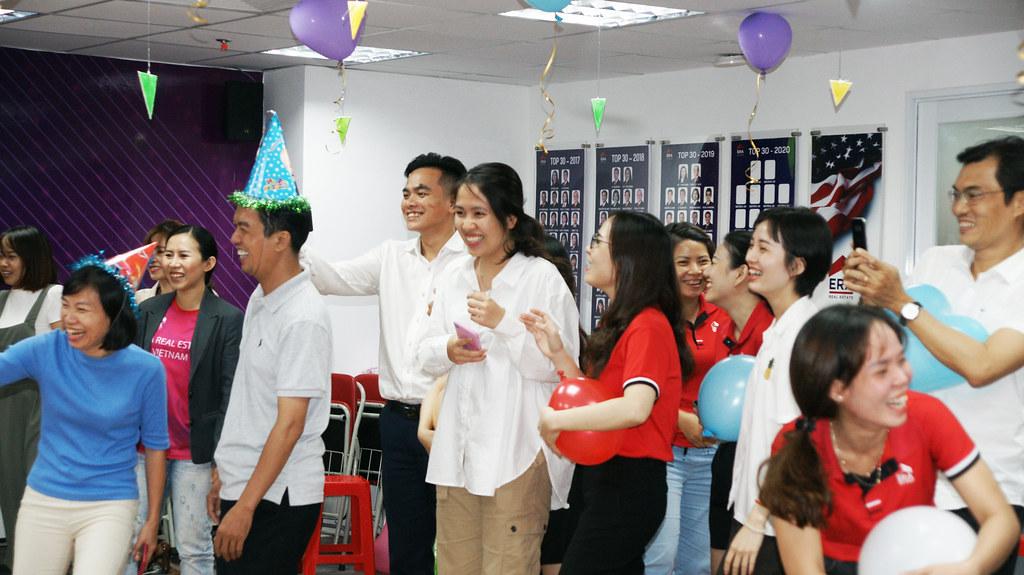 Mừng Sinh nhật thành viên ERA Vietnam 06-2020 8