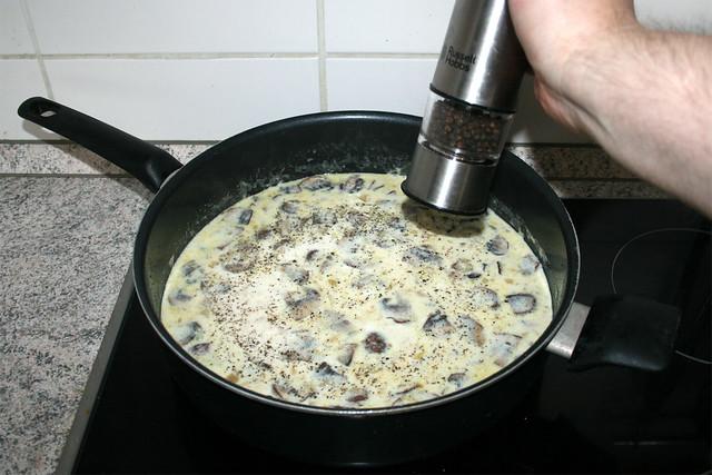 32 - Mit Salz & Pfeffer würzen / Season with salt & pepper