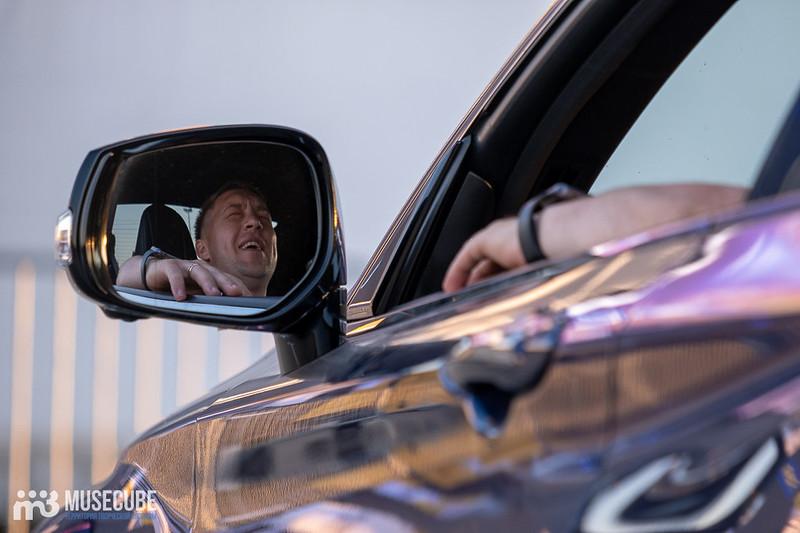 """Автоконцерт в поддержку врачей """"Белая полоса возвращения"""" в Санкт-Петербурге."""
