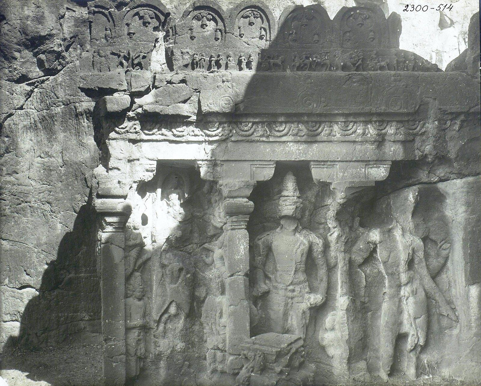 Храм Кайласа в Эллоре (рельефы внутри первой пещеры) (9)
