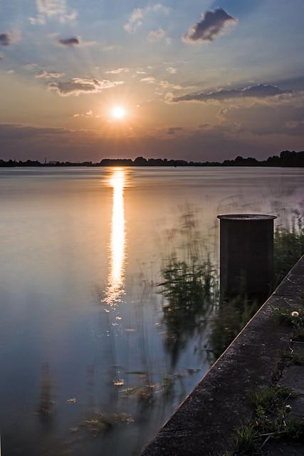 Sonnenuntergang an der Elbe 2  MABA2068