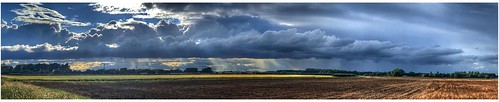 clouds cloud cloudscape rain storm stormclouds sky skywatching weather weatherwatch panoramic pano farmland landscape agriculture countryside horizon image imageof imagecapture scunthorpe lincolnshire northlincs northlincolnshire nlincs photography photoof naturephotography naturelovers natureseekers naturalwonders nature