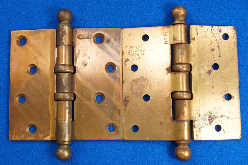 RD17325 2 Vintage Stanley Brass Plated Cannon Ball Tip Door Hinges 4 X 4 Pat. 2154860 BB241 DSC08098