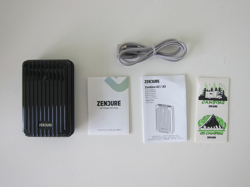 Zendure A3 Power Bank - Box Contents