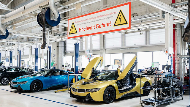 bmw-i8-final-18-examples (11)