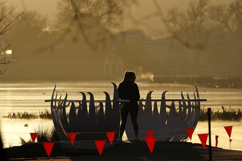 ballarat victoria australia lakewendouree lake winter wetland wetlands lotusbridge pennants flags sunrise