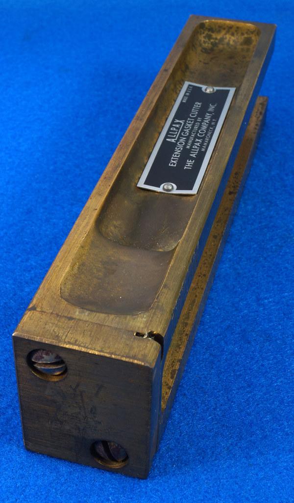 RD29137 Vintage Allpax Adjustable Extension Gasket Cutter Tool in Original Metal Case DSC08467