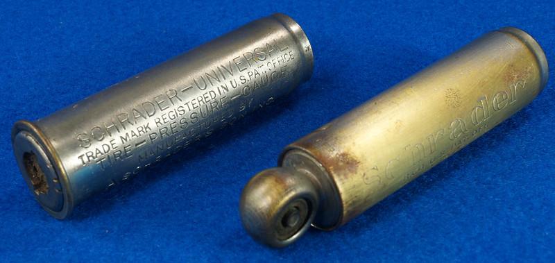 RD18799 2 Antique Schrader Balloon Tire Pressure Gauges Patented 1909 & 1923 DSC08479