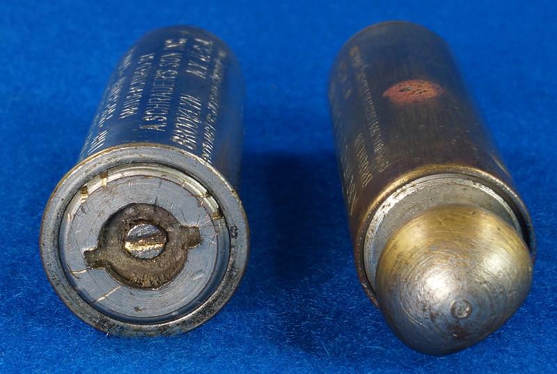 RD18799 2 Antique Schrader Balloon Tire Pressure Gauges Patented 1909 & 1923 DSC08476