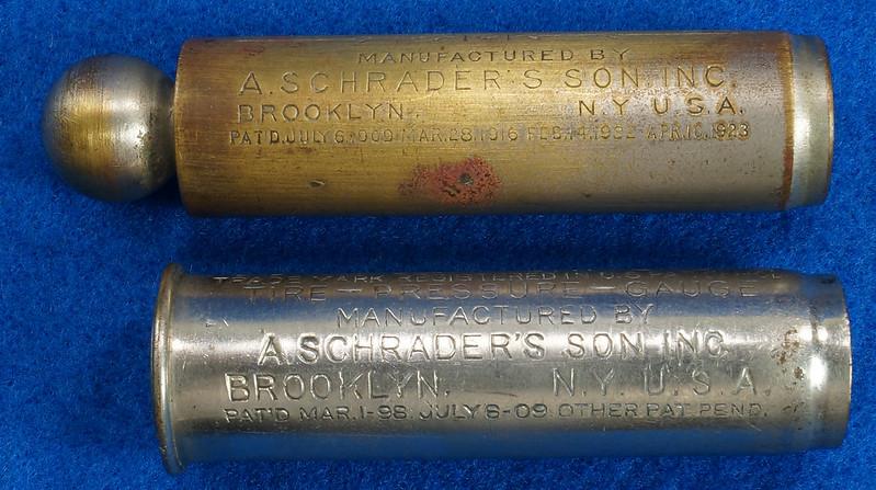 RD18799 2 Antique Schrader Balloon Tire Pressure Gauges Patented 1909 & 1923 DSC08473