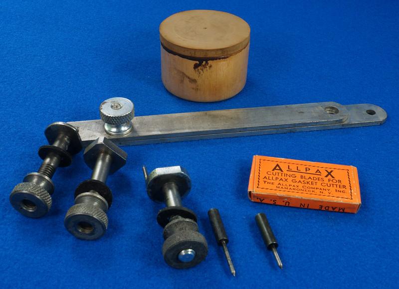 RD29137 Vintage Allpax Adjustable Extension Gasket Cutter Tool in Original Metal Case DSC08461