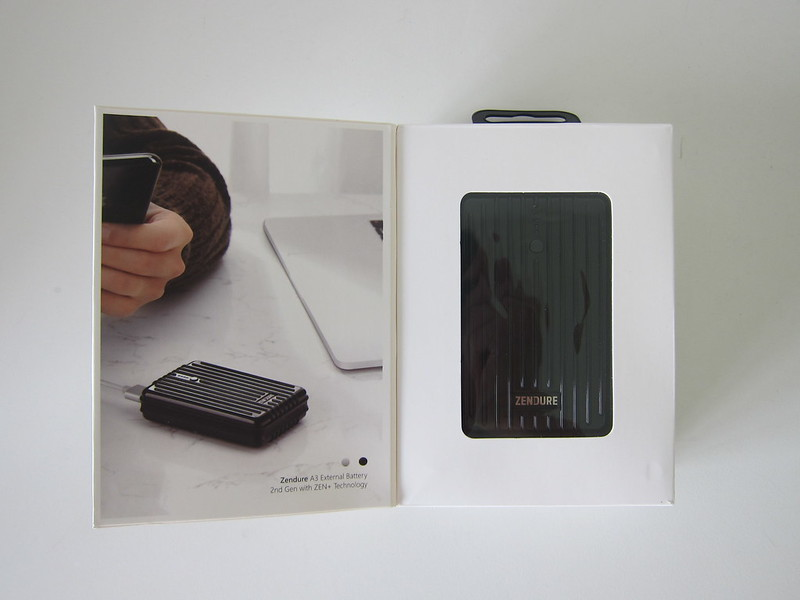 Zendure A3 Power Bank - Box Open