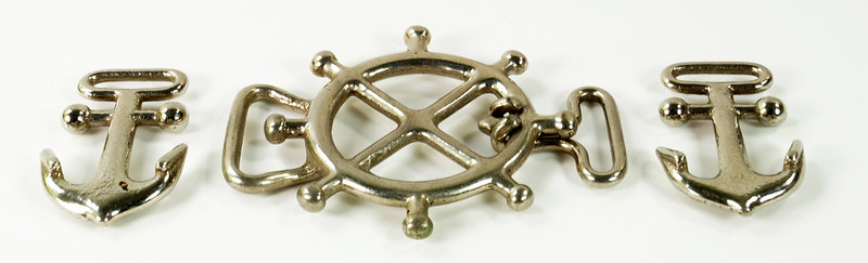 RD30576 3 Vintage Nautical Belt Buckles ANCHOR Wheel NAVY Nautical USN Maritime 3D DSC08507