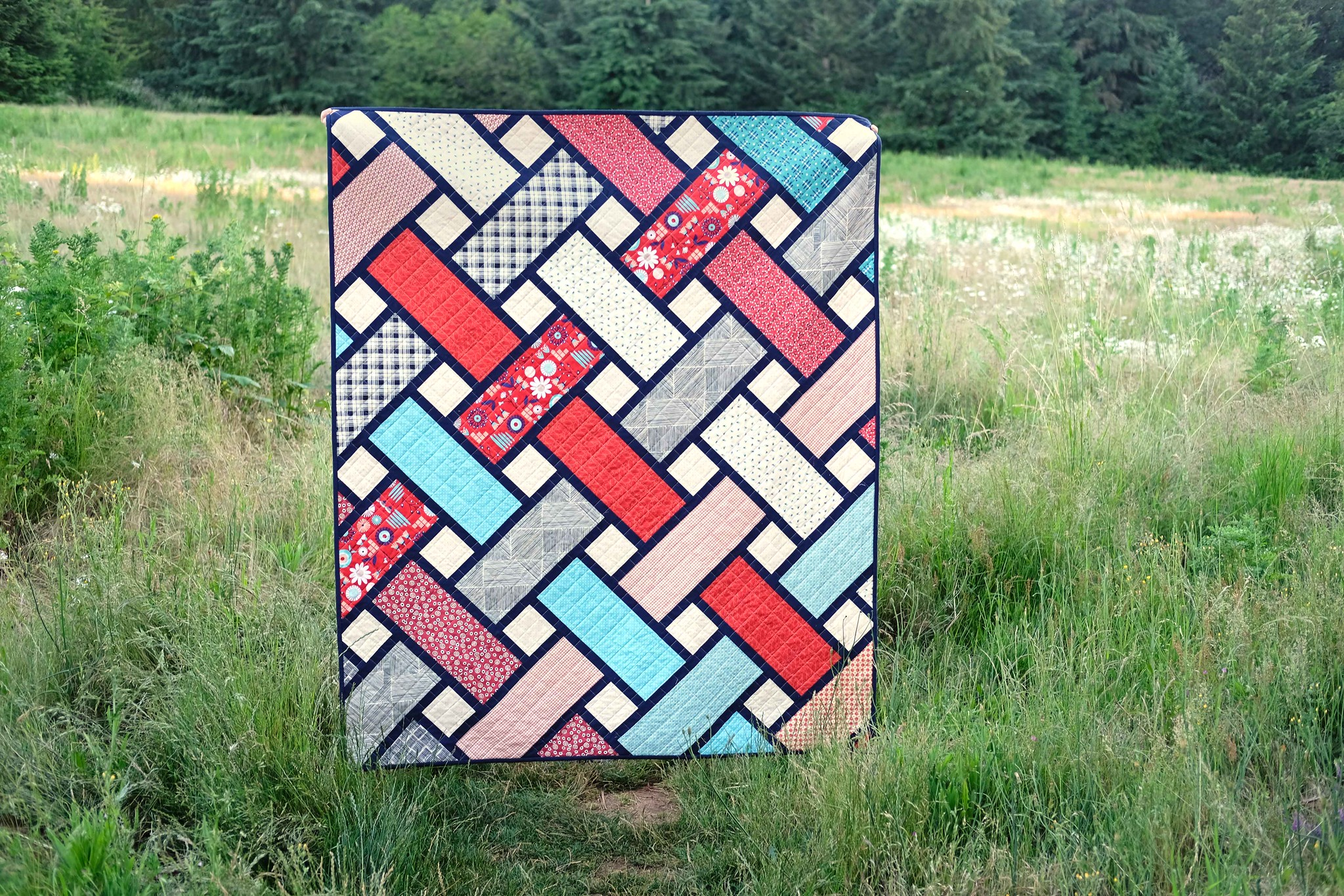 A Patriotic Tessa Quilt - Kitchen Table Quilting